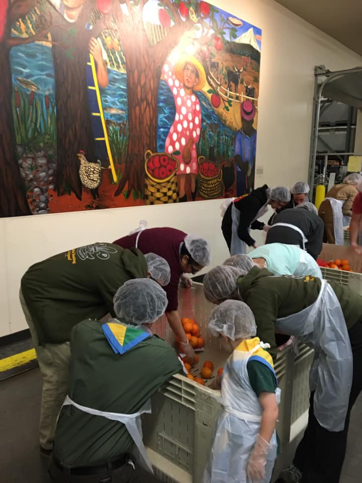 """A hearty """"well done"""" to Otter, Timberwolf, and Rover scouts from @636thMtTabor in Portland, OR. The scouts had a great time at the @oregonfoodbank , packaging up over 25,000 lbs of food! #service with a smile. #scoutingforall #equity #scouting #traditionalscouting"""