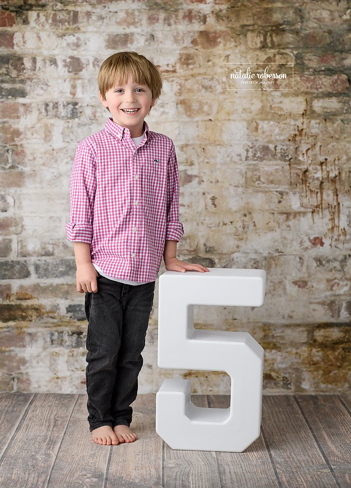 "The big ""5"" is coming up soon!  He's getting excited! #friscochildrenphotographer #dallaschildrenphotographer #celinachildrenphotographer #bestchildrenphotographer #childrenportraits #five #fifthbirthday #birthdayboy #childrensessions #photographerpic.twitter.com/Rl4lYqREWY"