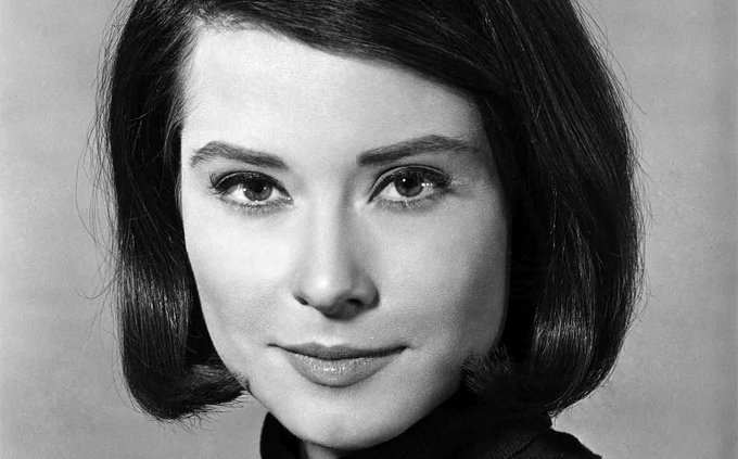 Happy Birthday to Diane Baker! She turns 81 today.