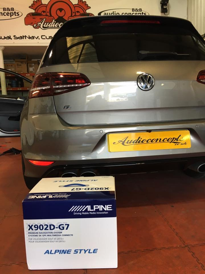 Another great install from @wazzidy on this VW Golf R  The