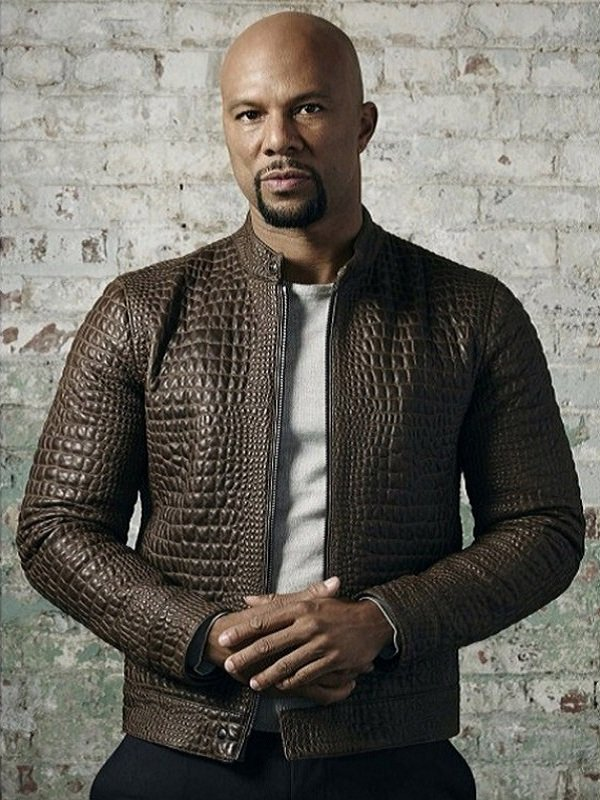 """#JohnWick Chapter 2 is an Amazing Thriller Movie, Cassian This Crocodile Leather Jacket Worn by American Rapper: Common as """"Cassian"""". http://bit.ly/2VnDHp7   #johnwick #chapter2 #thrillermovie #cassian #crocodilejacket #leatherjacket #singer #singercostume #american #rapperpic.twitter.com/6Tunija9vS"""