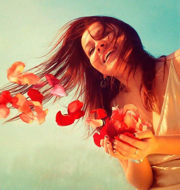Простые, цвети всем назло открытка