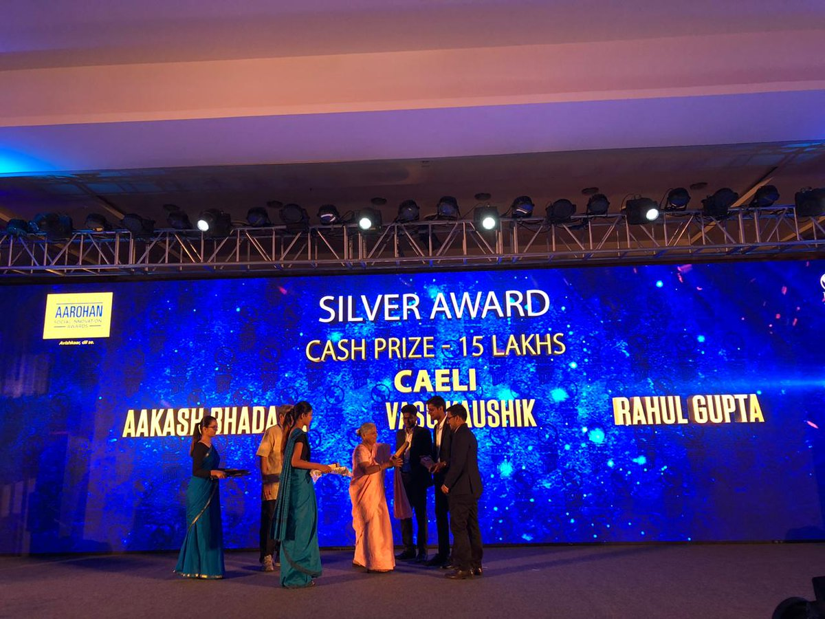 Silver awards at #Aarohan #SocialInnovation award ceremony went to teams that developed 'Handicare'-a mobility device for the specially-abled & 'Caeli'-a smart automated drug delivery and anti-pollution mask for respiratory patients. Each team was awarded a prize of INR 15 lakhs