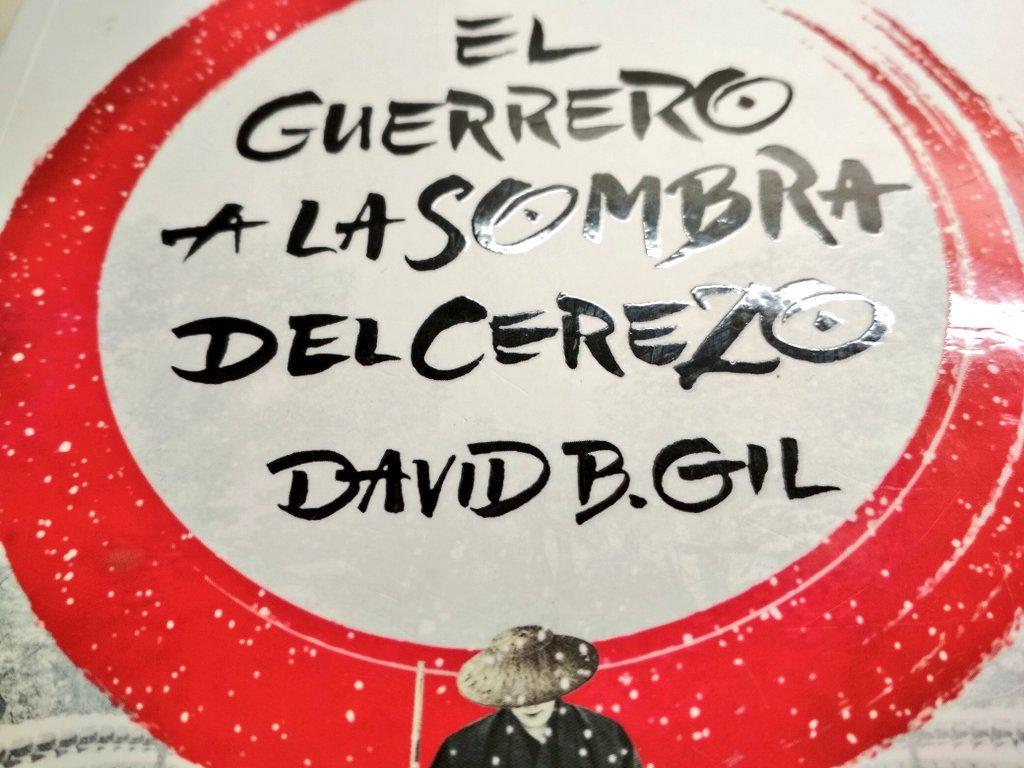 """Concluye mi viaje literario de 731 páginas por Japón con """"El guerrero a la  sombra del cerezo""""de David B. Gil. No quería que acabase pero se acabó."""