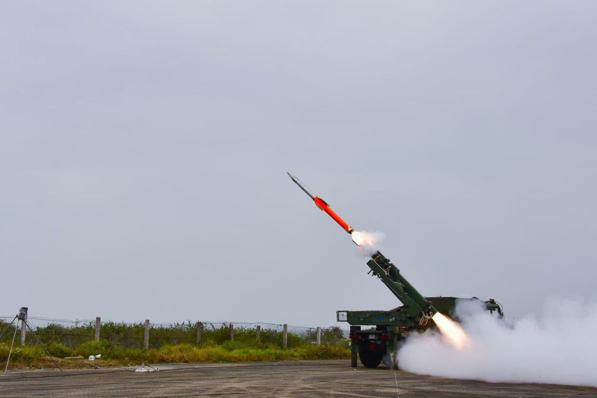Indian Military SAM Systems - Page 4 D0VNsJ8XgAEiZQE