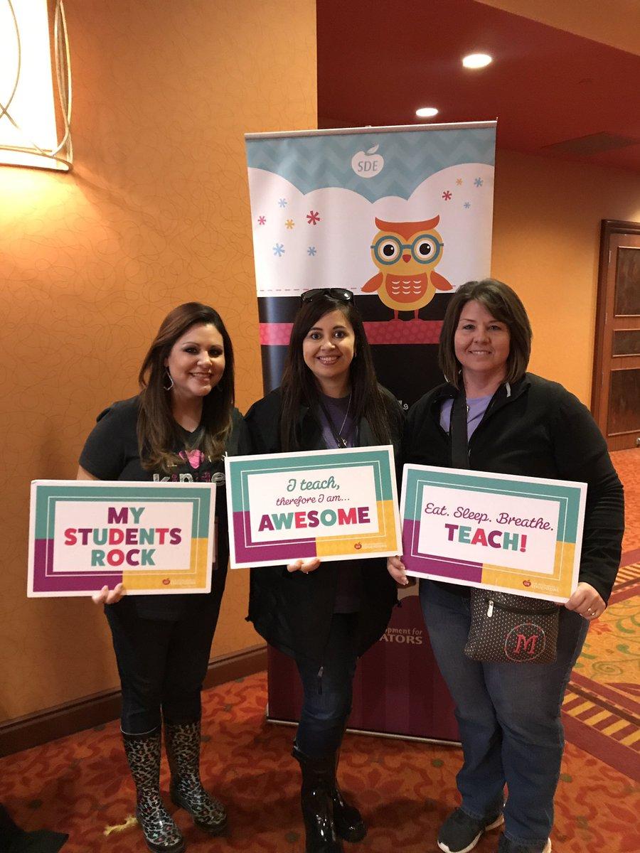 McQueeney kinder team at the SDE Kindergarten Conference! @SDE4Educators #sdeevents #MatadorLearners @McQueeneyESISD<br>http://pic.twitter.com/Y2P14MnFm8