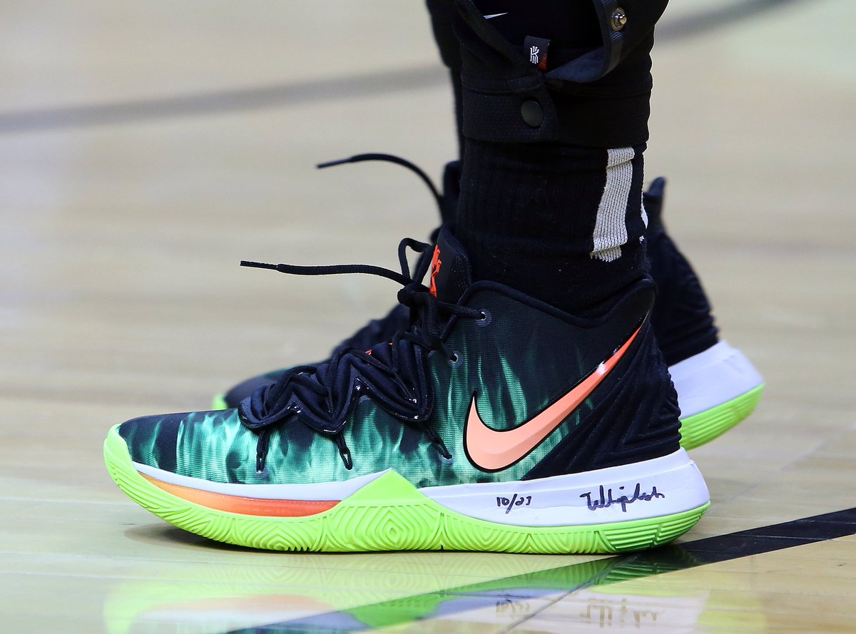 KyrieIrving switches
