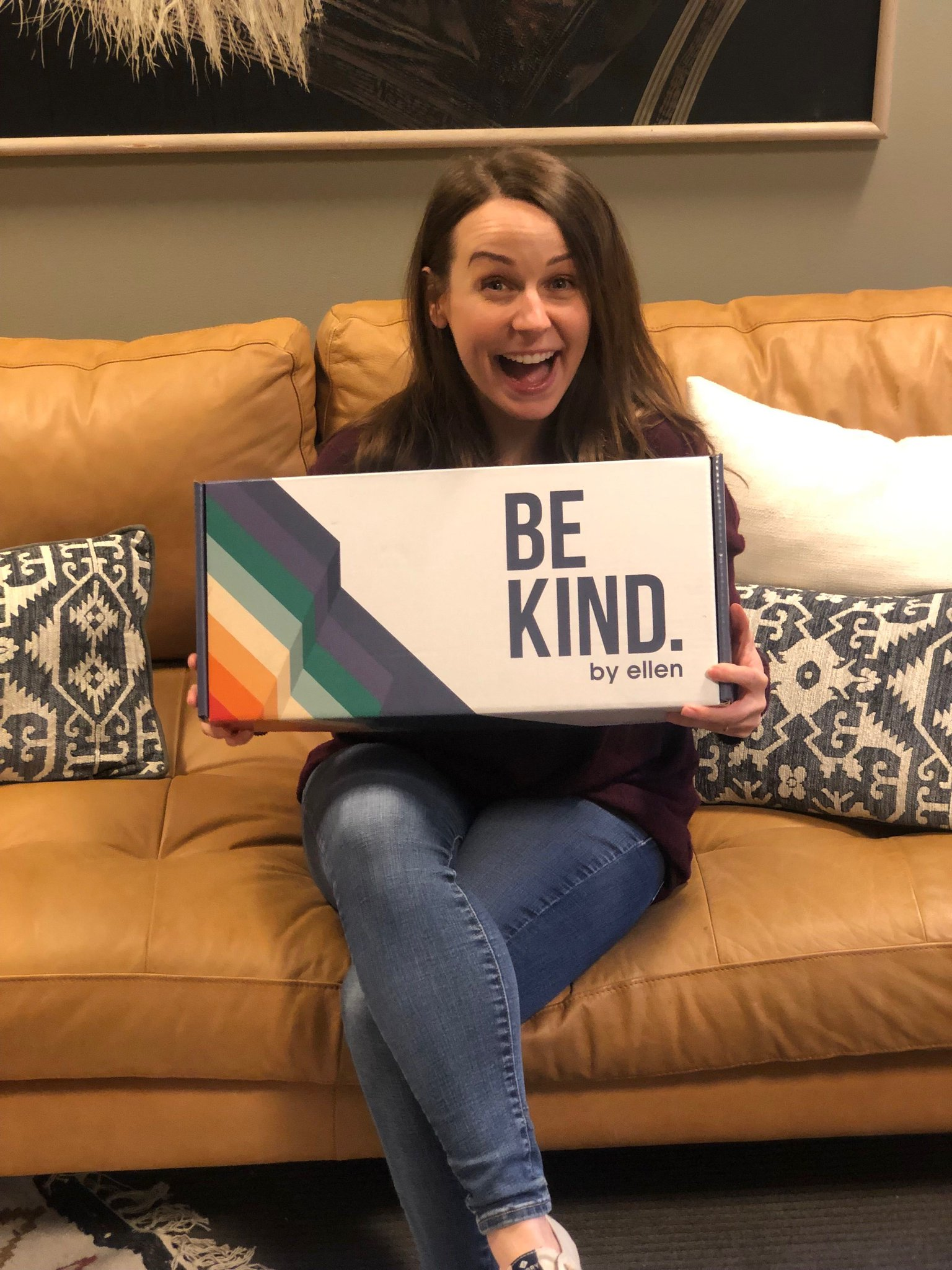 The new Be Kind box is here! Get yours before they're all gone! https://t.co/yoo25sOxao https://t.co/aBMCWRg6uL