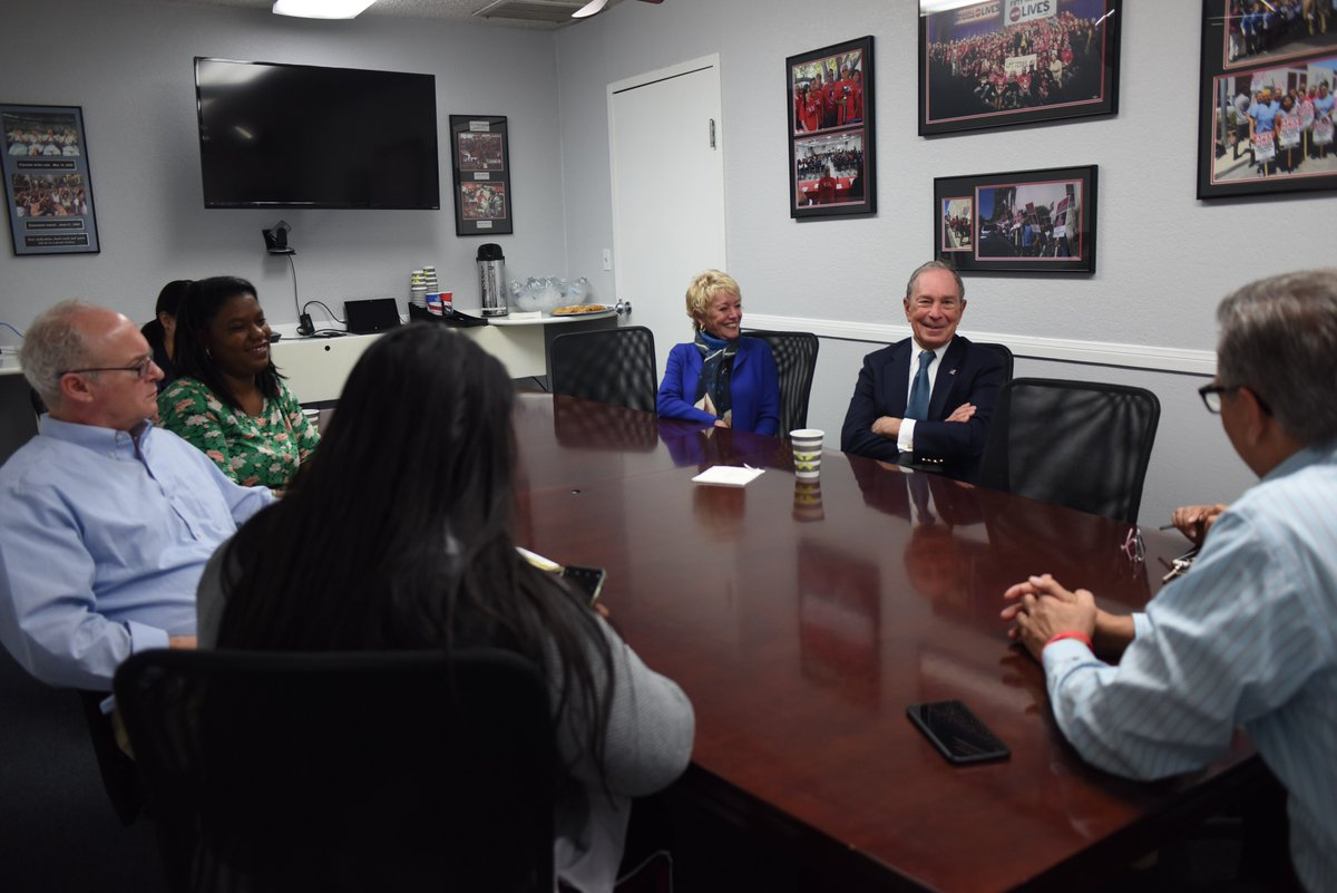 Thanks to President Ted Pappageorge and @Culinary226 of Nevada for a great conversation this morning and for sharing your perspectives on important issues your work touches every day —  immigration, health care, jobs, and the economy. Already looking forward to our next visit.