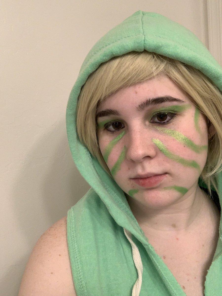 More #Ninjago cosplay makeup! Lloyd from Askkaiflame's (Tumblr) Break Dance AU! #cosplay #makeup