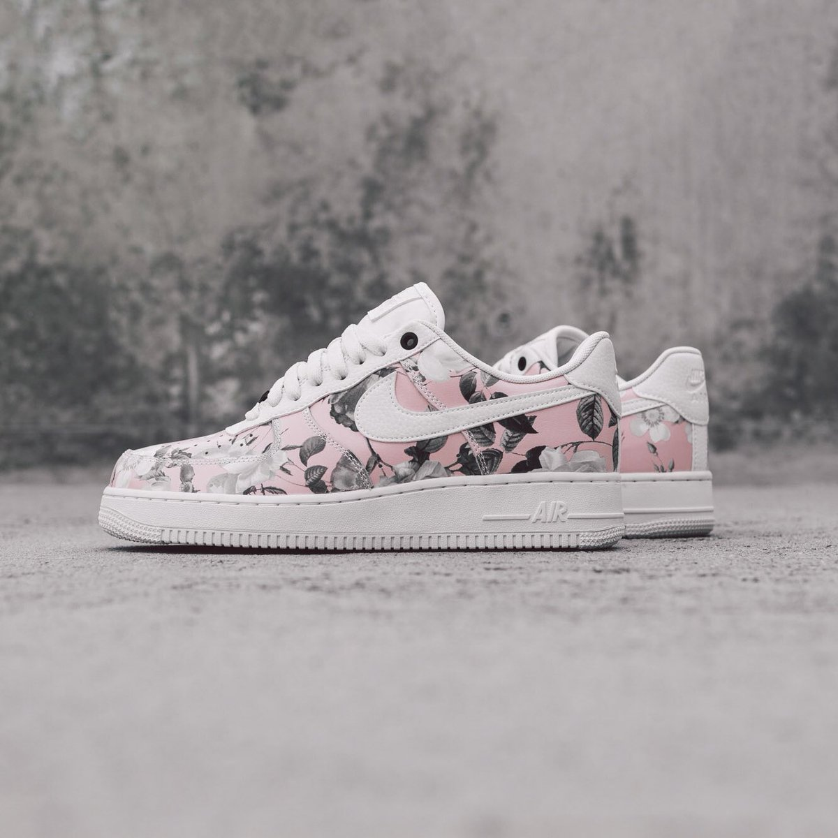 Air Force 1 Low Floral (2019)