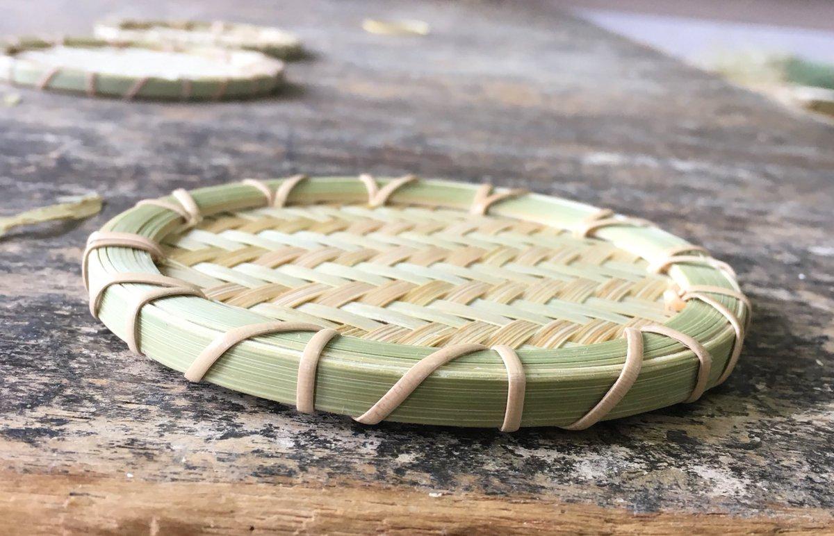 写真がうまく撮れたので...! コースター #竹細工 #コースター #竹のコースター https://t.co/cWcYtdTexJ