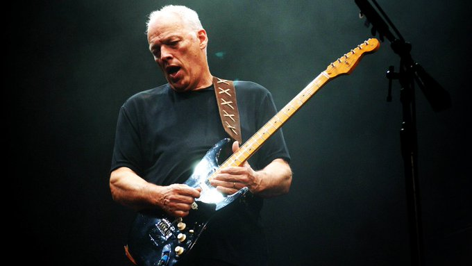 Please join me in wishing a very Happy Birthday to David Gilmour ! =)
