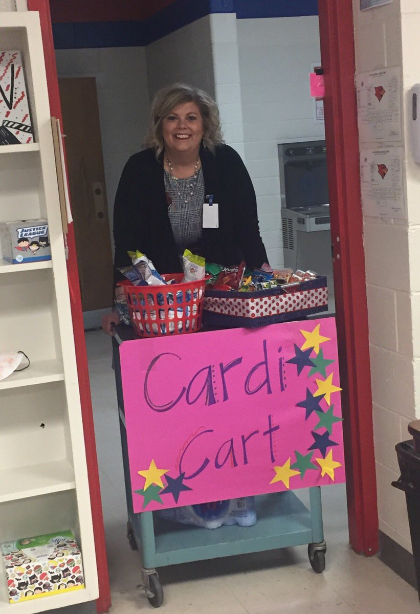 CMS teachers were surprised with a treat from Ms. Paschall today! 🎉Thank you! @CMSCardinals