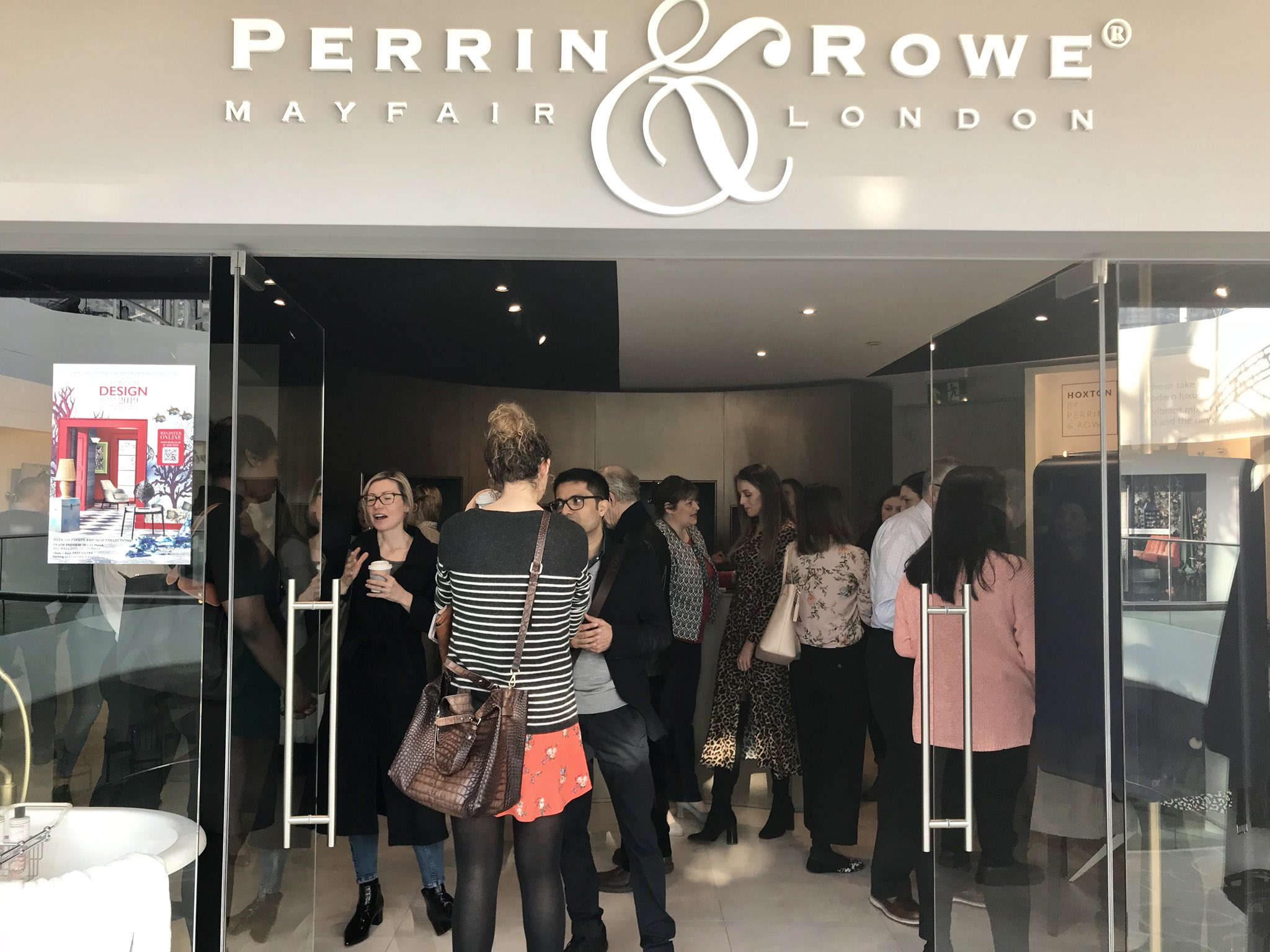 Design Centre Chelsea Harbour On Twitter H A P P Y B I R T H D A Y Perrinandrowe Celebrating Their 1 Year Anniversary Here With A Delicious Breakfast And Full House Happybirthday Perrinandrowe Breakfast Anniversary Bathrooms