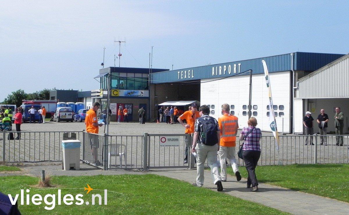 Vlieglesnl On Twitter Vliegles Lelystad Texel Vlieg Met
