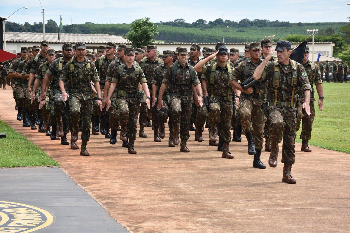 Comando de Operações Especiais (COpEsp) realiza formatura alusiva a Tomada  de Monte Castelo 6ae1f0d0de9