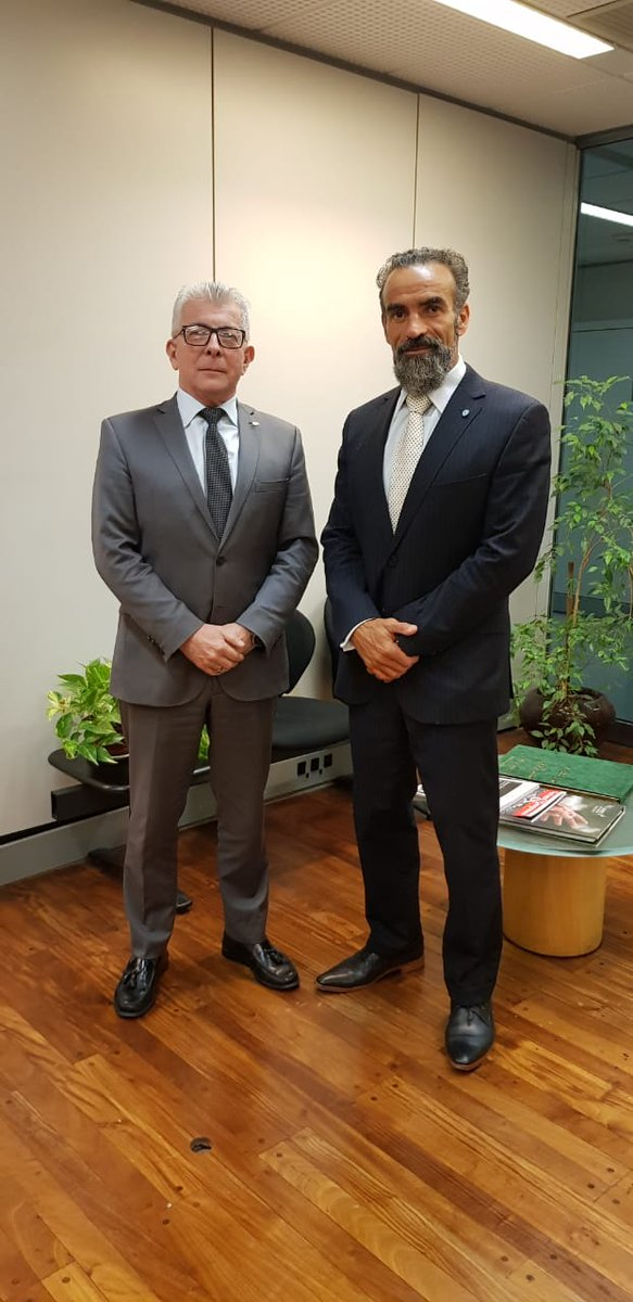 El Secretario de Comercio Exterior de @redcame, @lopeteguijl, se reunió con el próximo embajador de El Salvador, Rubén Ruffi, a fin de seguir apoyando, con herramientas concretas, a las pymes que quieran llegar al mercado de dicho país.