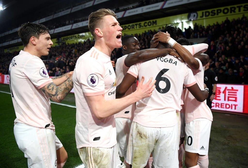 MU, Arsenal, Tottenham, Chelsea 'long tranh hổ đấu'