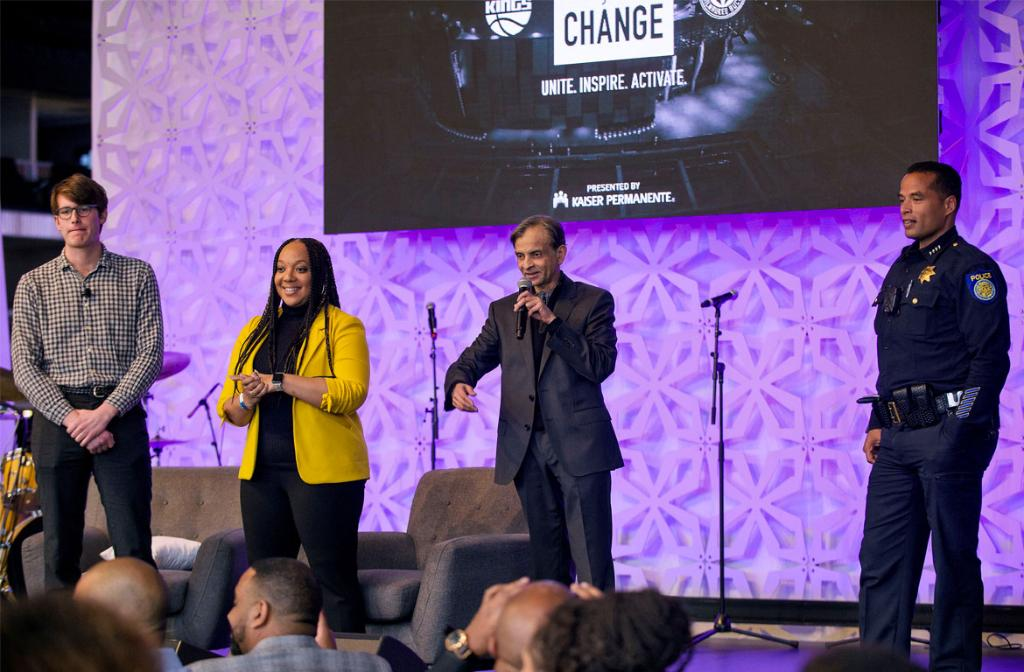 At Team Up for Change Summit, Sacramento Kings Foundation Announces Scholarship Commitment for Local Youth » http://spr.ly/6018EVJa2