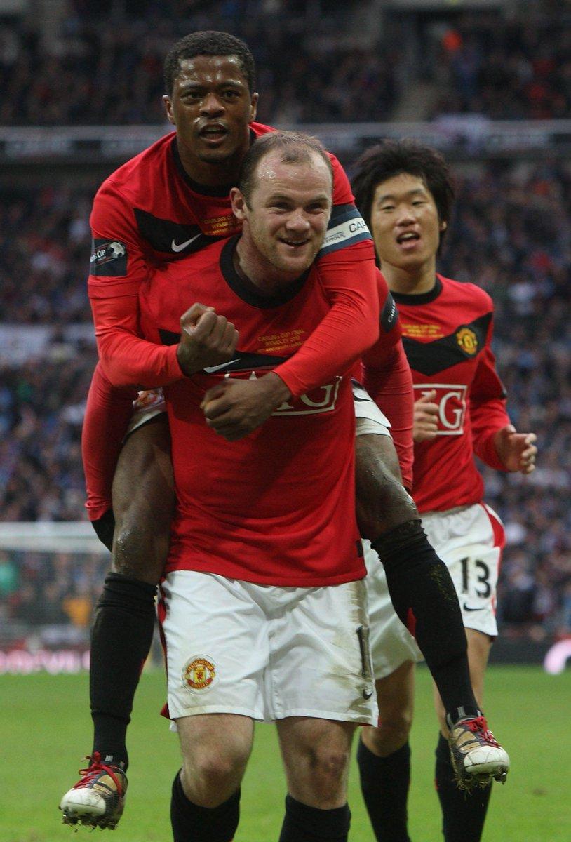 "Manchester United On Twitter ""Hari Ini Pada 2010 Pemain"
