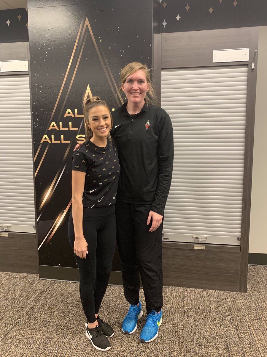 so awesome talking to @CarolynSwords with the @LVAces !! we found out we went way back. it's the caroline / carolyn connection 🏀⚽️🎥