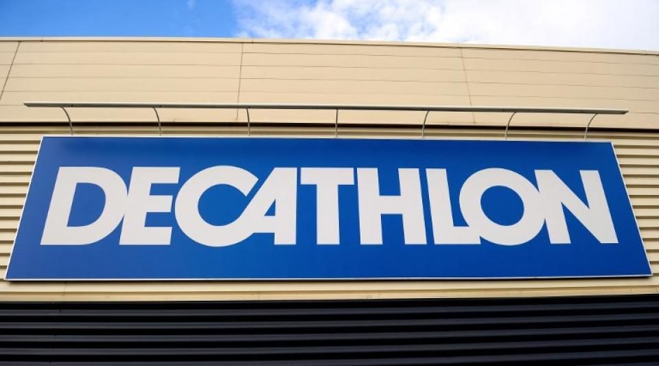 Decathlon provoque la polémique en vendant un hijab https://www.atlantico.fr/pepite/3566913/decathlon-provoque-la-polemique-en-vendant-un-hijab-?utm_term=Autofeed&utm_medium=Social&utm_source=Twitter#Echobox=1551308441 …