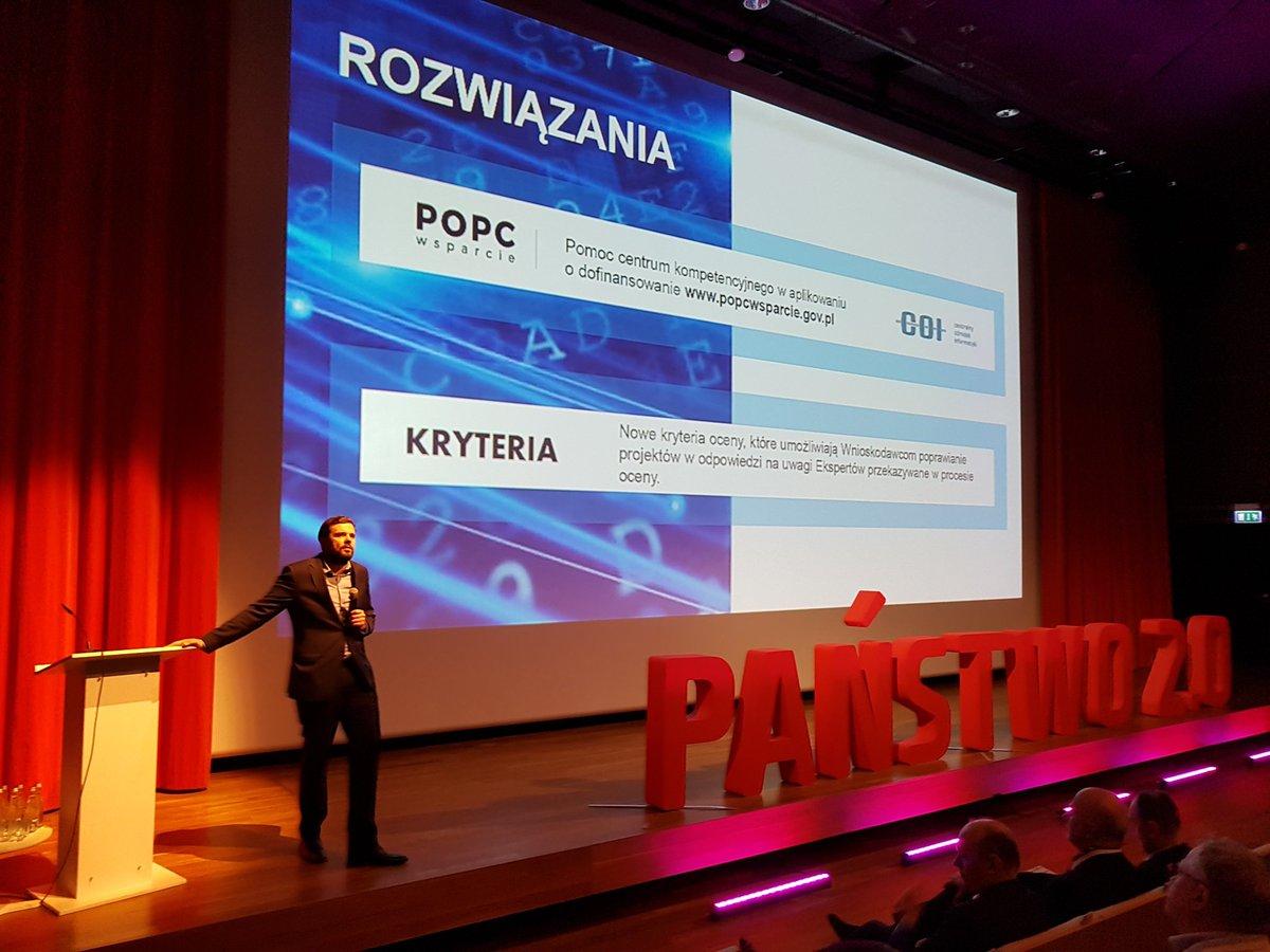 #Państwo20 Wnioski z realizacji projektów e-usług przedstawia @WojciechSzajnar.  #POPCWsparcie skutecznym narzędziem problemów na etapie aplikacji. https://t.co/MAtyfJEaZI