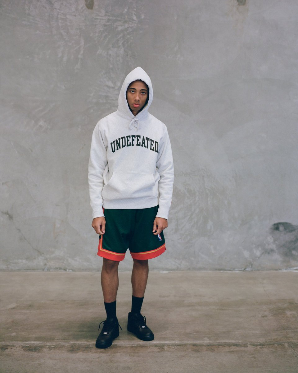 ea70e4d0f33e UNDEFEATED Pullover Hoodie    Spring  19 Drop 2 available Friday 3 8 at All  Undefeated Chapter Stores and http   Undefeated.com  pic.twitter.com 97i7ED0SM8