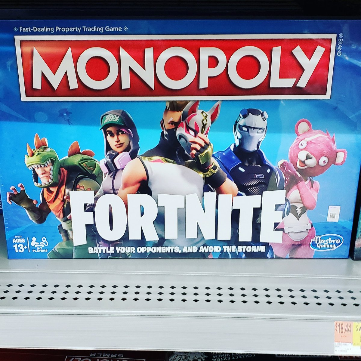 I know all of you are tired of the Fortnite stuff, so this will be the last bit of it and tomorrow we will be back to normal shitposting. #fortnite #meme #epicgames #epicgamermoment #shitpost #art #monopoly #willsmith #markassbrownlee  #theme #mentalillness <br>http://pic.twitter.com/KKGaAFD1Yc