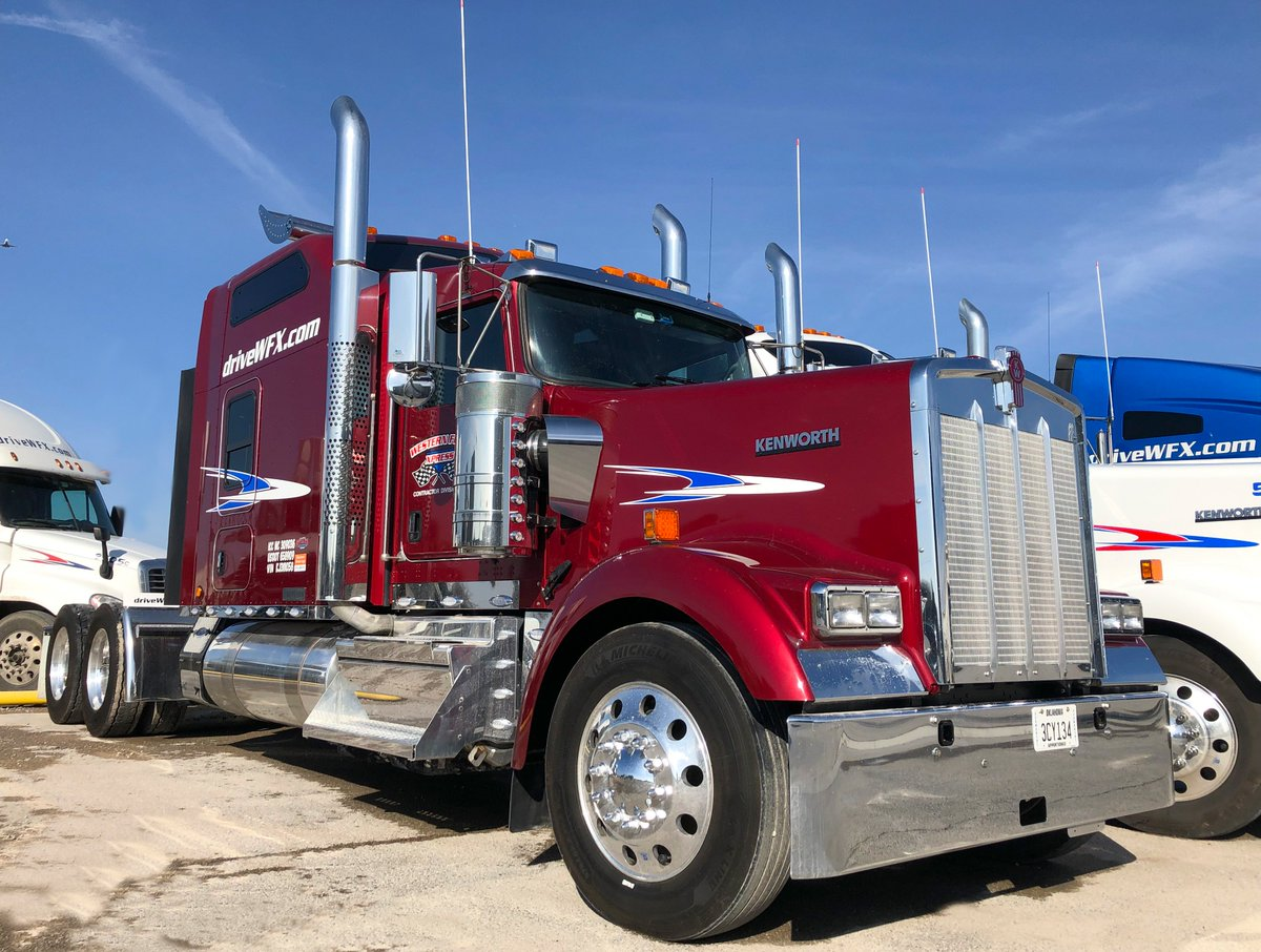 Wondering about the interior of these sweet Kenworth W900s? Check it out!  #leasetoown #kenworth  #trucks #cdl #cdldriver #drivethedream #miles #bigrig  #driveyourdream #ontheroad #drivewfx #runthemiles #cdl #cdldriver #cdlcontractor #otrtrucker  #besttrucks #truckin