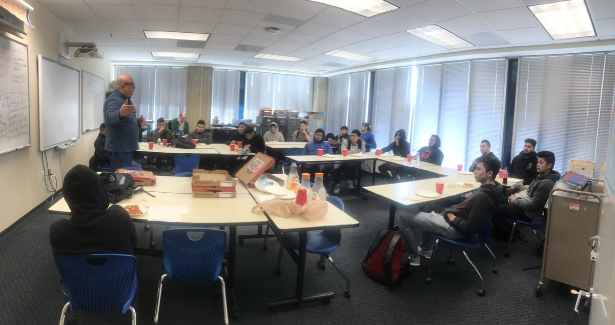 RT <a target='_blank' href='http://twitter.com/LaraMacAPS'>@LaraMacAPS</a>: Great turnout for the Men's Lunch Group with the incredible, Mr. Santos! <a target='_blank' href='http://twitter.com/ACHSmavericks'>@ACHSmavericks</a> <a target='_blank' href='https://t.co/9AlhDoXT2S'>https://t.co/9AlhDoXT2S</a>