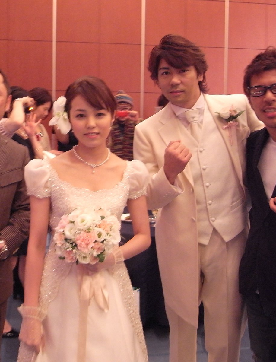 Two Marriage Ceremony Of Mika Kikuchi (Deka Pink)  With Ex- Yuuji Kishi (Red Racer) And Current  Tomokazu Yoshida (Deka Break) !!! #菊地美香 #レッドレーサー #デカピンク #デカブレイク