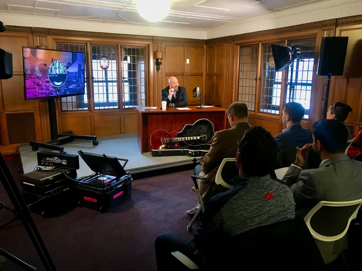 Today, I live streamed to the powerful Detroit Banking Force, reporting the news from the historic Detroit Free Press building (@freep)! Phoenix and Cleveland, look out for my stream to air tomorrow on a computer screen near you!! #EmbracingNewTechnology