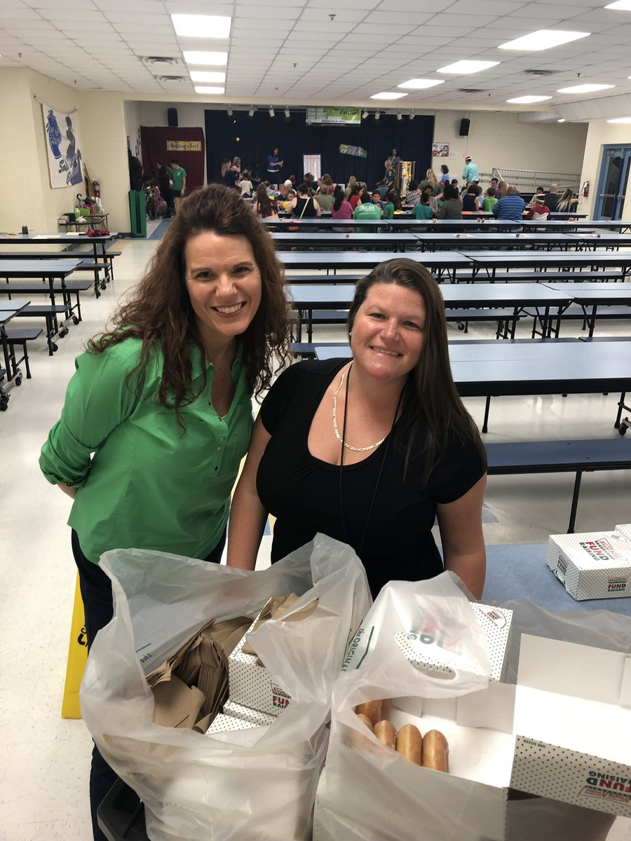AP and TOA by day, donut  hustler and bingo caller by night. #bingoforbooks @klowrey22 @hmconyers @eah_harris @MrFlassigVCS @melissa_marple <br>http://pic.twitter.com/YmZTVThH6M