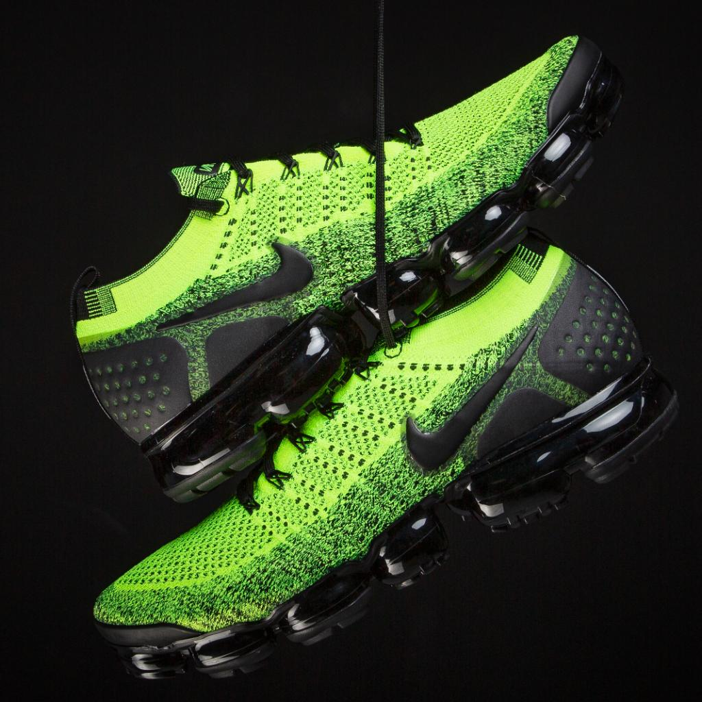 823e7c41a88  ReleaseNews  Nike Vapormax 19 is dropping in a volt color way on March  5thpic.twitter.com rcEICsEQ63