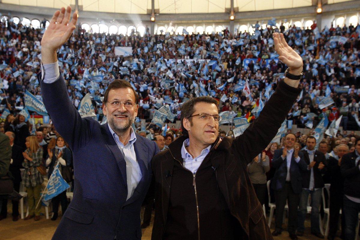 Diez años gozando de la confianza mayoritaria de los gallegos y trabajando, con la misma ilusión del primer día, por el progreso de Galicia. Felicidades @FeijooGalicia en el aniversario de una fecha inolvidable. #FeijooEnGalicia https://t.co/KjFUUoXcXX
