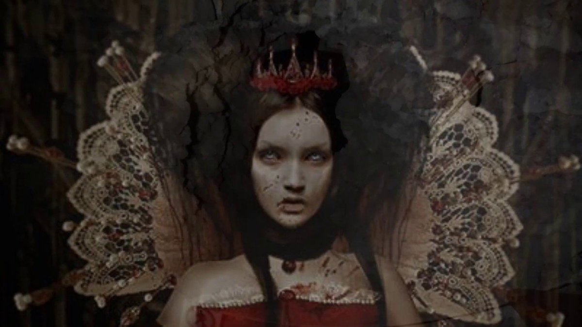 vampire countess who bathed in blood - 650×465