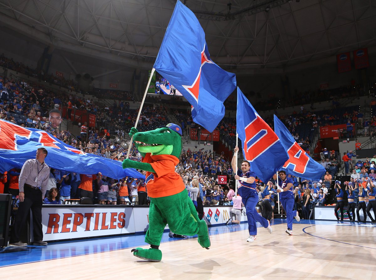 Congratulations to our winners of the UF Salute Those Who Service contest! Looking forward to seeing you at the game!