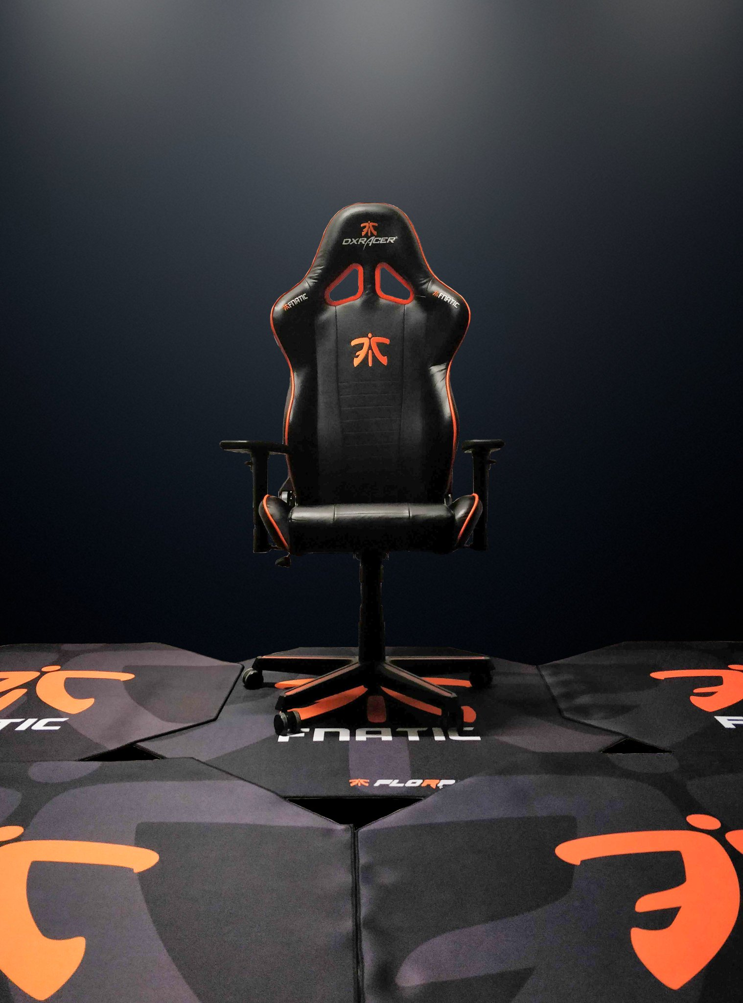 Fine Fnatic On Twitter Our Friends At Dxracer And Theyellowbook Wood Chair Design Ideas Theyellowbookinfo