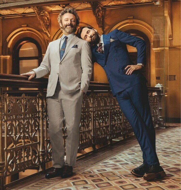 A fun photo of David Tennant and Michael Sheen promoting Good Omens from the cover of British Airways magazine High Life