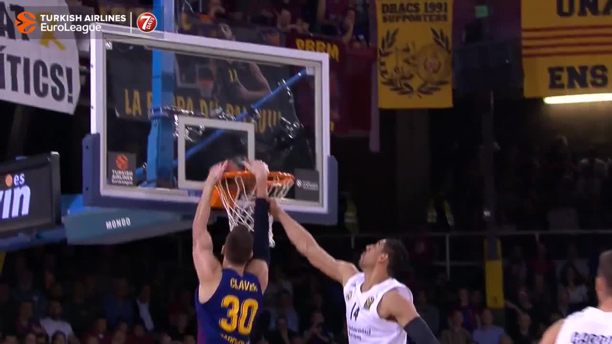 .@Victor_Claver TO THE BASKET!  #7DAYSMagicMoment