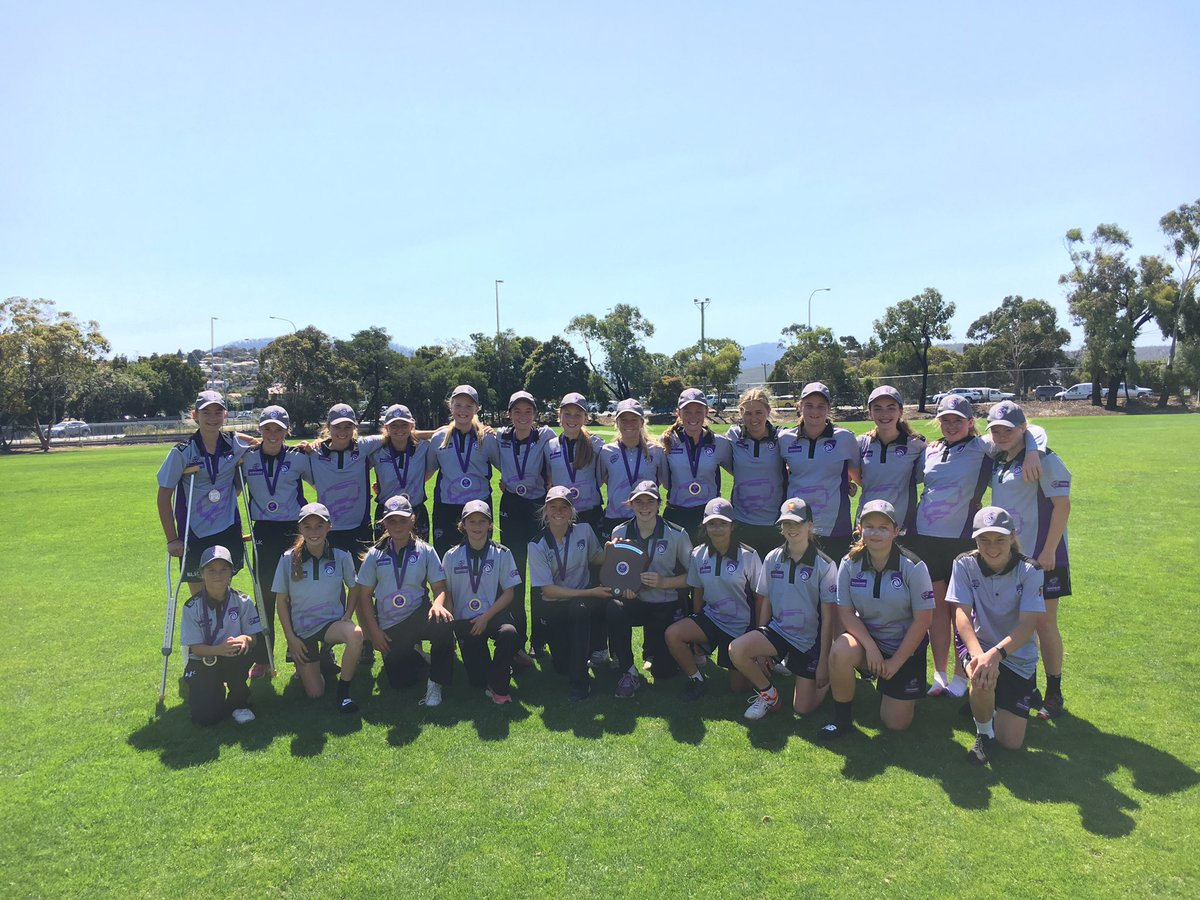 Congratulations to Southern Storm Purple U14 Girls who have been crowned @HurricanesWBBL State Champions 9/149 def Southern Storm Black 10/53. Maddi Brooks 'Player of the Match'. Fantastic day, well done girls #U14FStateChamps https://my-cricket.app.link?groupId=29990&matchId=3126065my-cricket.app.link/?groupId=29990…