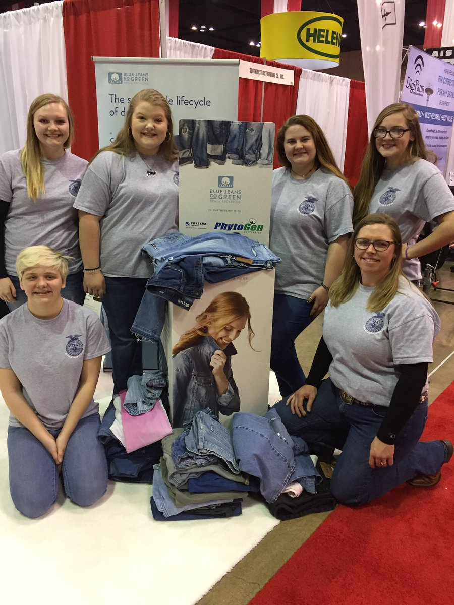 Star City FFA members participated in the Blue Jeans Go Green drive & collected 1386 denim items over the past month & delivered to the Farm and Gin Show at Memphis TN today. They collected enough denim to make insulation for  three 1500 sq ft habitat for humanity homes.