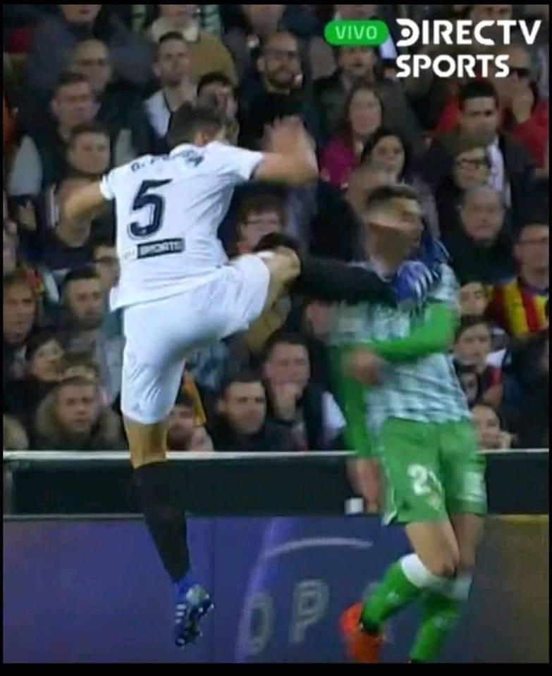 De esta manera gano el Valencia. 😡😡😡😡😡
