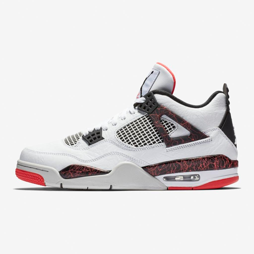 873928736a1 30 years in the making. The @Jumpman23 Air Jordan IV 'Flight Nostalgia' is now  available at Nike NYC and Nike SoHo.pic.twitter.com/FDfEtcFFSg