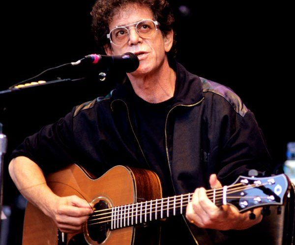 Happy birthday to singer songwriter Lou Reed!