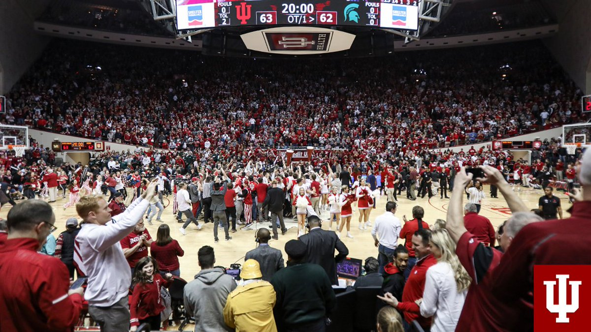 This is March. 🏀 This is Indiana. ⚪️🔴 https://t.co/8gsfL09QaI