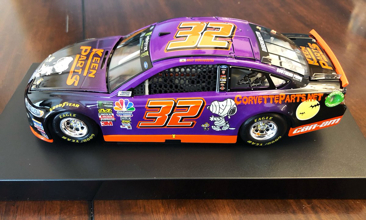 @keenparts2 @KeenParts @mattdracing This is one b.e.a.utiful car!!! Thank you! #SpookySnoopy https://t.co/4Aoy5PXbVB