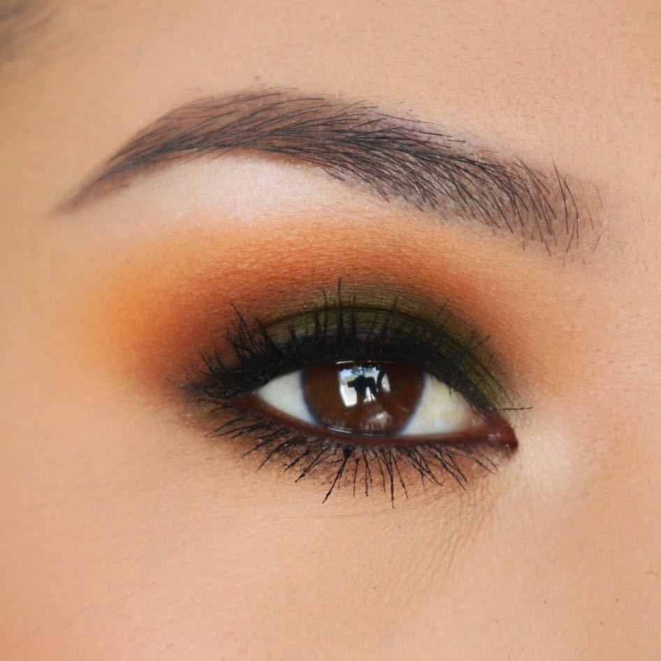 b250e8caeba @colorpunchmua completed this perf Golden Hour eye look with bomb lashes  using #LashBlast Amplify